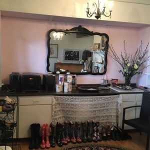 Willow Rose Boutique Consignment Store Powell River BC